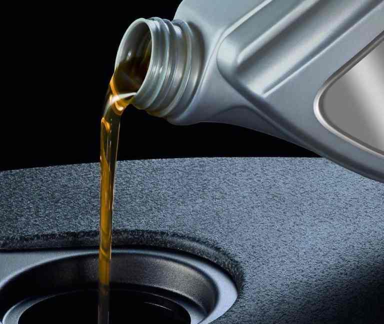 Umfrage: Ölwechsel ist zu teuer