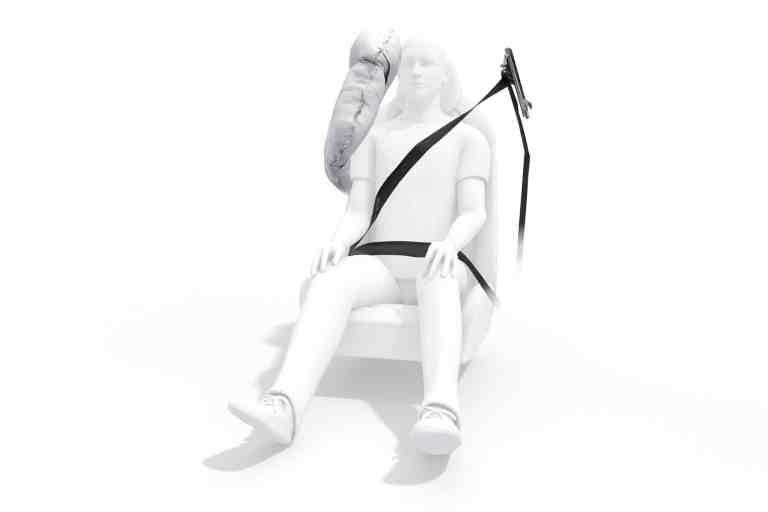 ZF entwickelt sitzintegriertes Center-Airbag-Konzept