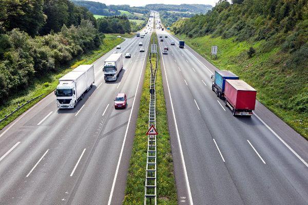Lkw-Maut: Fahrleistungen deutlich gestiegen