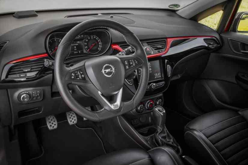 Neuer Opel Corsa S Lenkrad