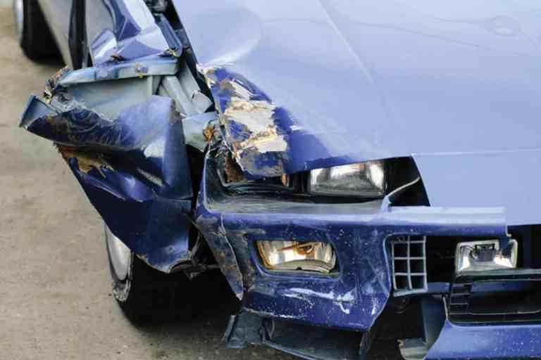 """""""Irreführendes"""" Blinken führt zu Mithaftung bei Unfall"""