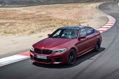 Auch auf dem IAA-Stand von BMW zu finden. Der neue M5, der schon im Herbst zu haben sein wird.