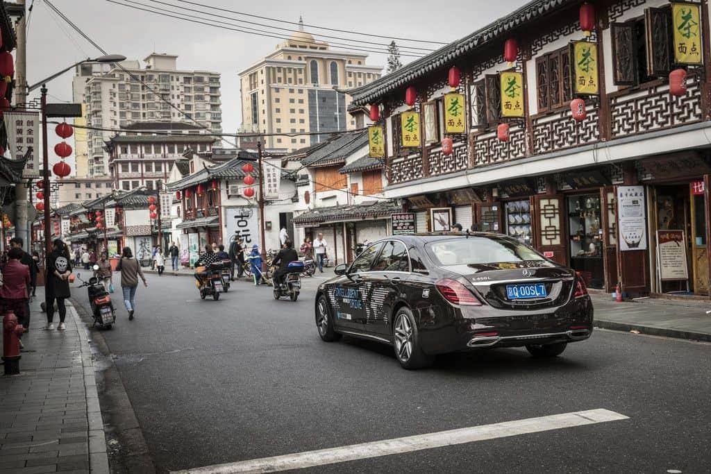 Mercedes-Benz testet automatisierte Fahrfunktionen in Shanghai