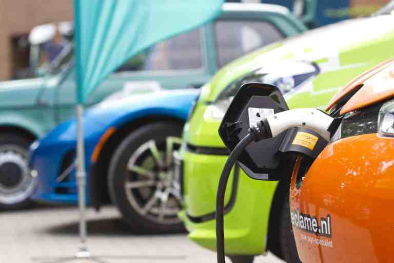 Plug-in-Hybride sind sauberer, als man denkt