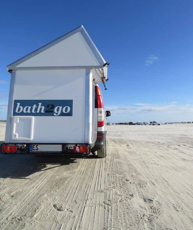 WC-Häuschen am Heck: Bath2go für den Campingbus