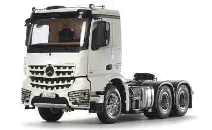 RC-Modellfahrzeug des Jahres 2017: Mercedes-Benz Arocs 3362 6x4 (1:14) von Tamiya.