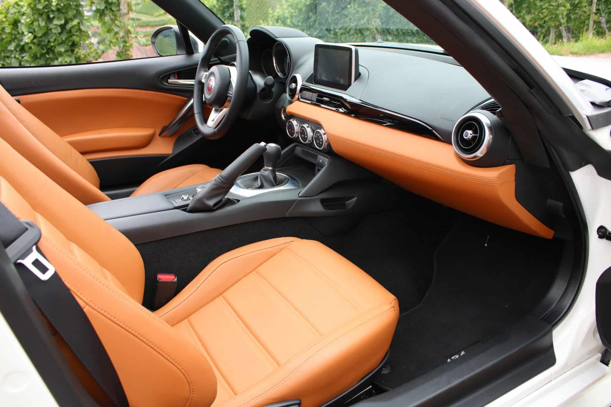 Abarth 124 Spider Oder Fiat 124 Spider Welcher Ist Die Besser Wahl