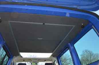 VW T5 mit Hilo-Auftstelldach