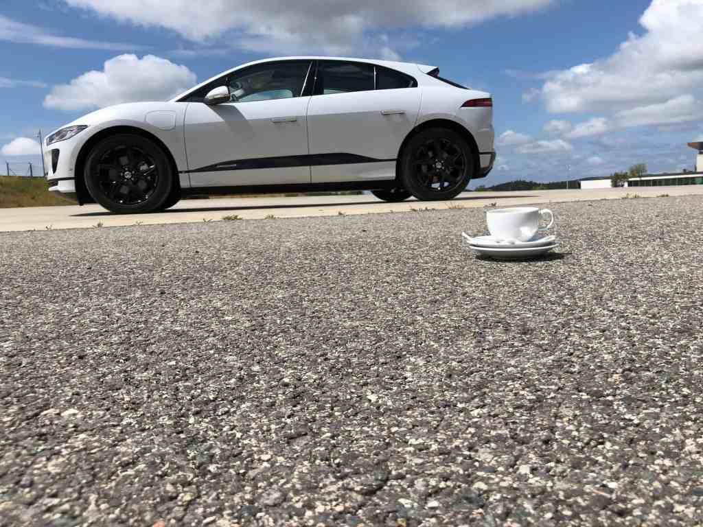 Jaguar I-PACE - Das britische Elektro-SUV jagt Tesla!