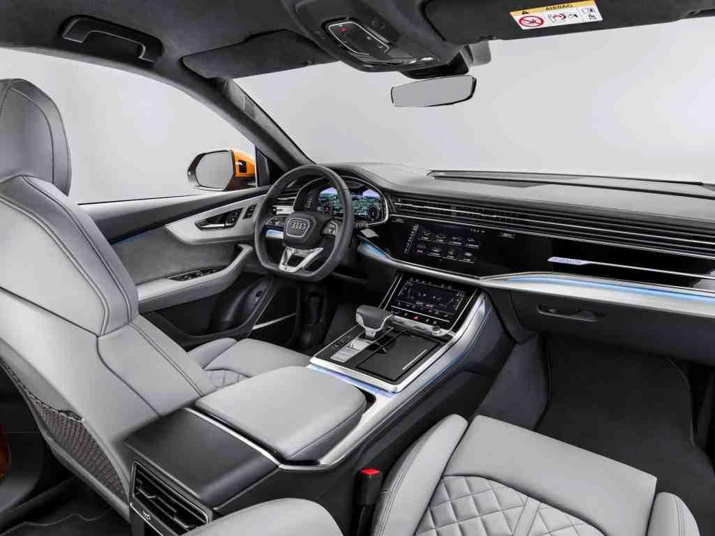 Audi Q8, Interieur