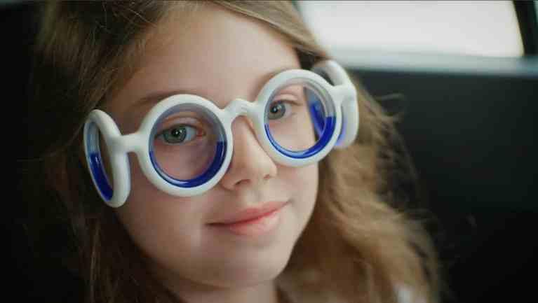 Citroën bringt erste Brille gegen Reisekrankheit
