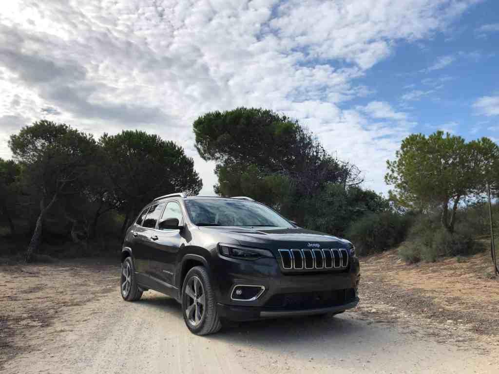 Jeep hat den Cherokee überarbeitet