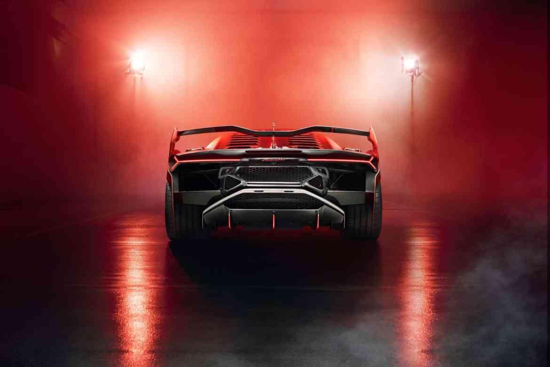 Lamborghini SC18 Alston (4)