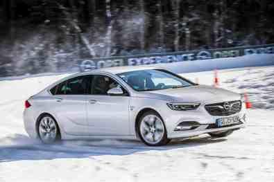 Opel-Insignia-Grand-Sport,Opel Winter-Training