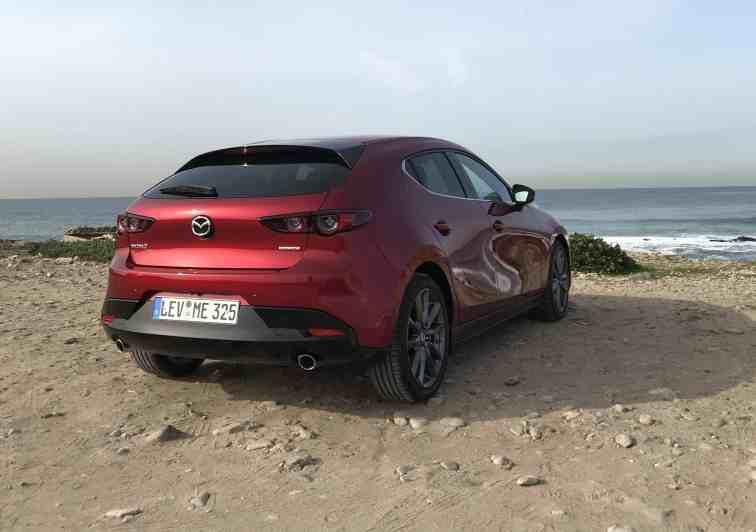 Mazda 3 SKYACTIV-G 2.0 Benziner (122 PS) M-Hybrid - Review im Video