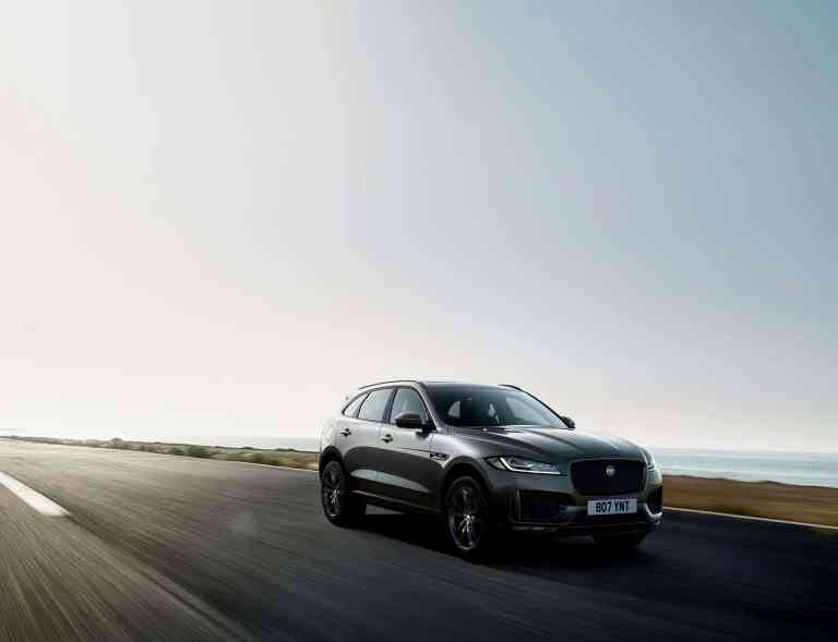 Jaguar_F-PACE_Chequered_Flag_2