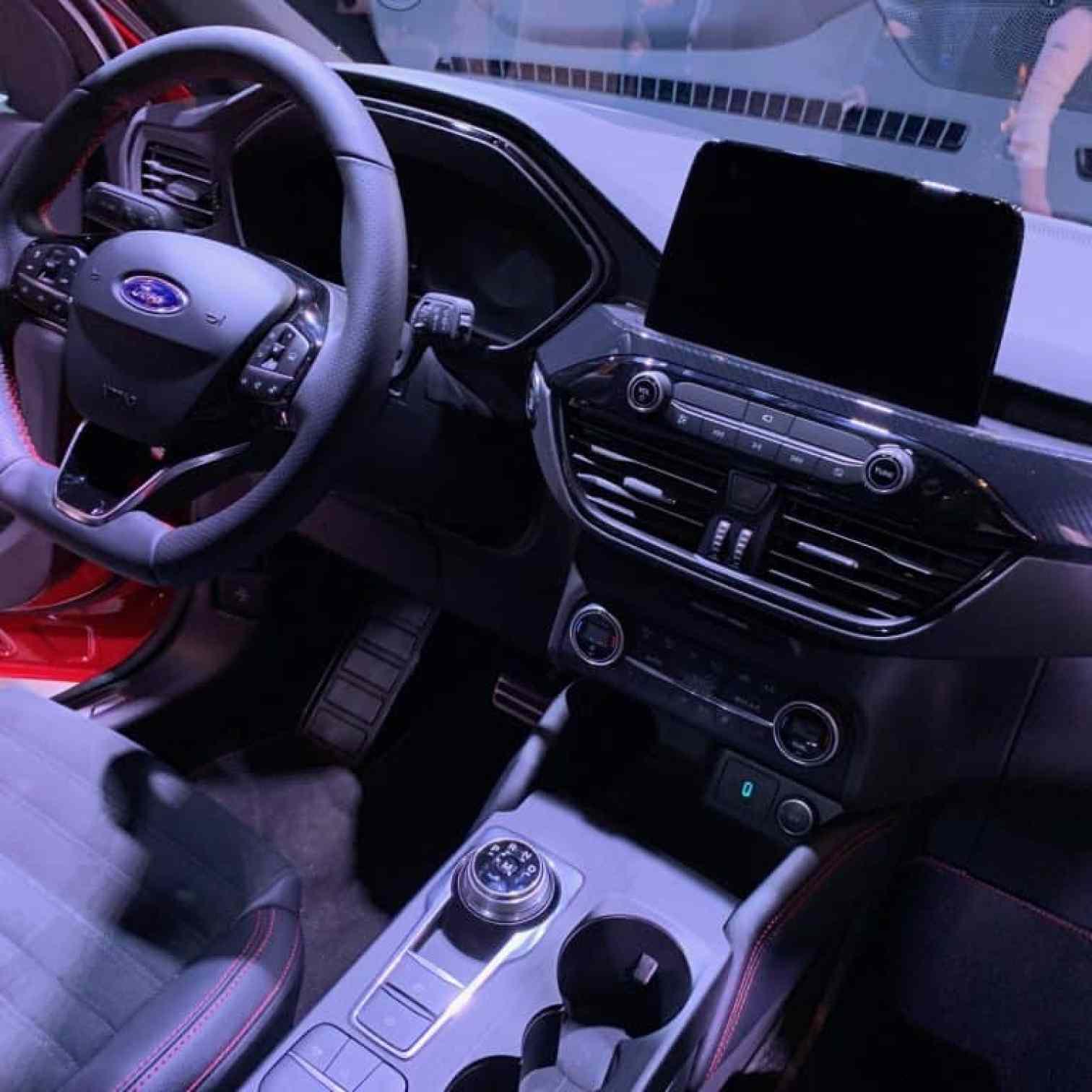 Ford Kuga 2020, Cockpit