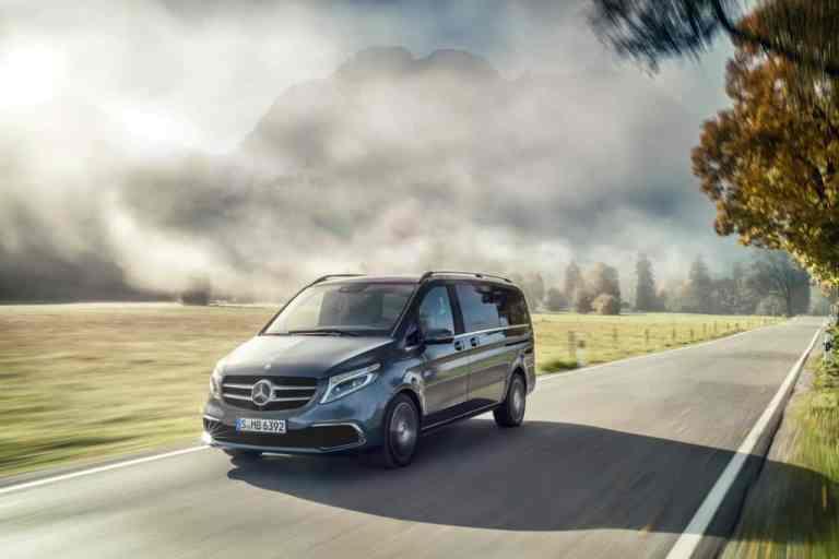 Erste neue Mercedes V-Klasse rollt vom Band