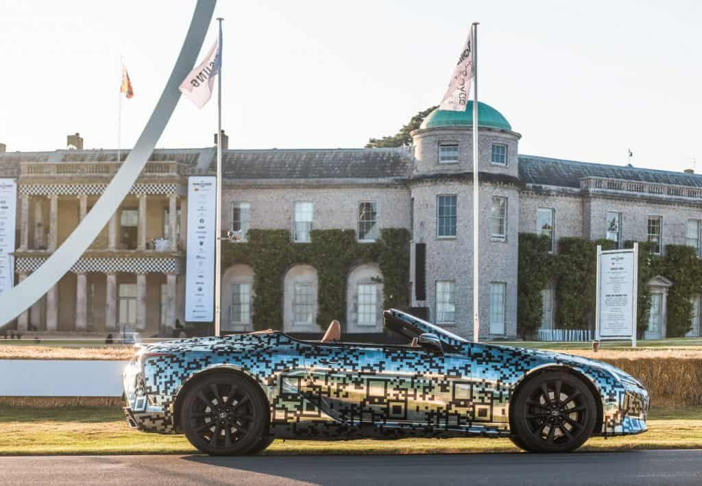 Lexus LC Cabrio getarnt