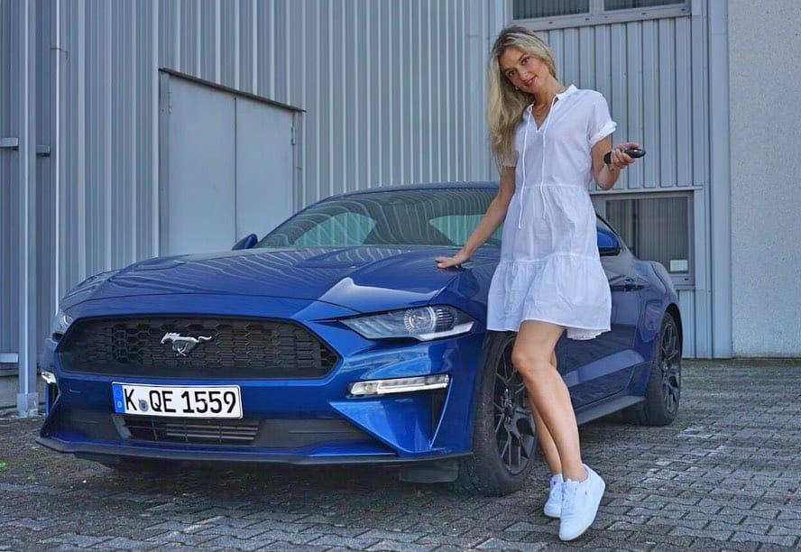 Der Ford Mustang für Sparfüchse, Nina Weizenecker