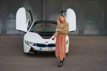 BMW i8 Coupé, Nina Weizenecker