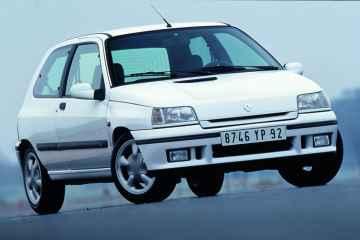 Renault Clio (1990–1997).