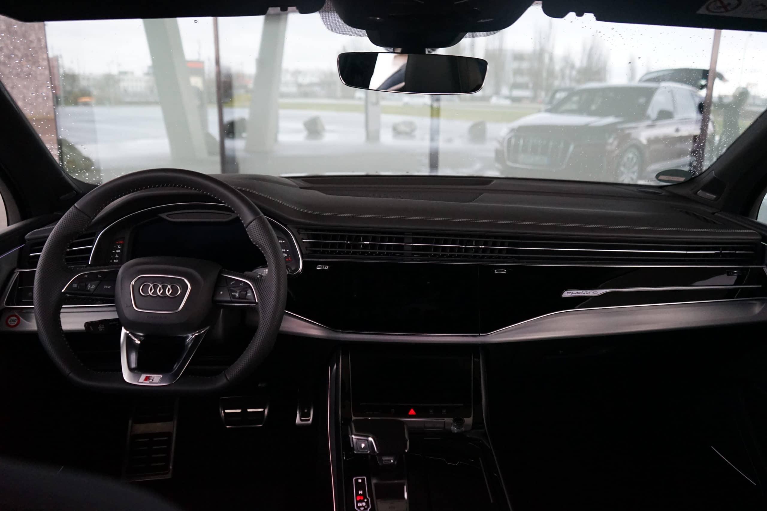 Audi Q7 - Faszinierende Kombi aus Geländewagen und Limousine