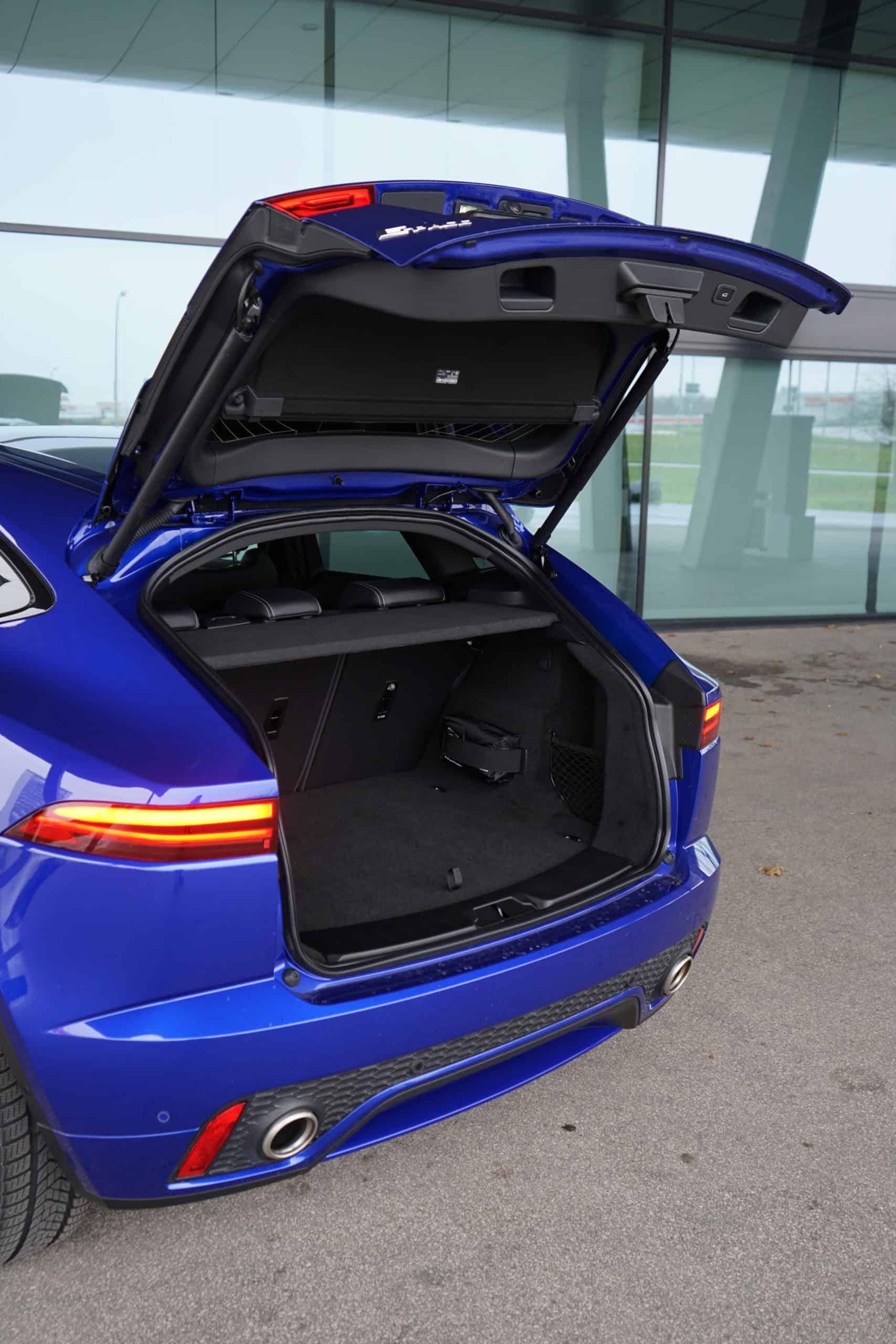 """Jaguar E-Pace P200 """"R-Dynamic S"""" (200 PS), Kofferraum"""