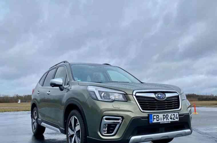 "Neuer Subaru Forester 2.0ie e-Boxer ""Platinum"" (150 PS) - Fahrbericht im Video"