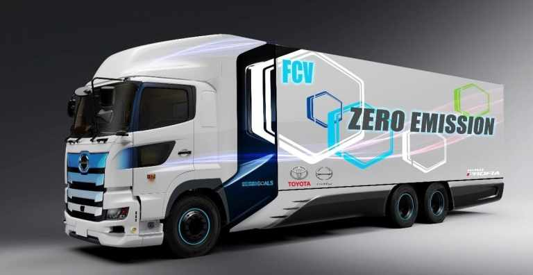 Hino Profia Heavy-Duty-Fuel-Cell-Truck.
