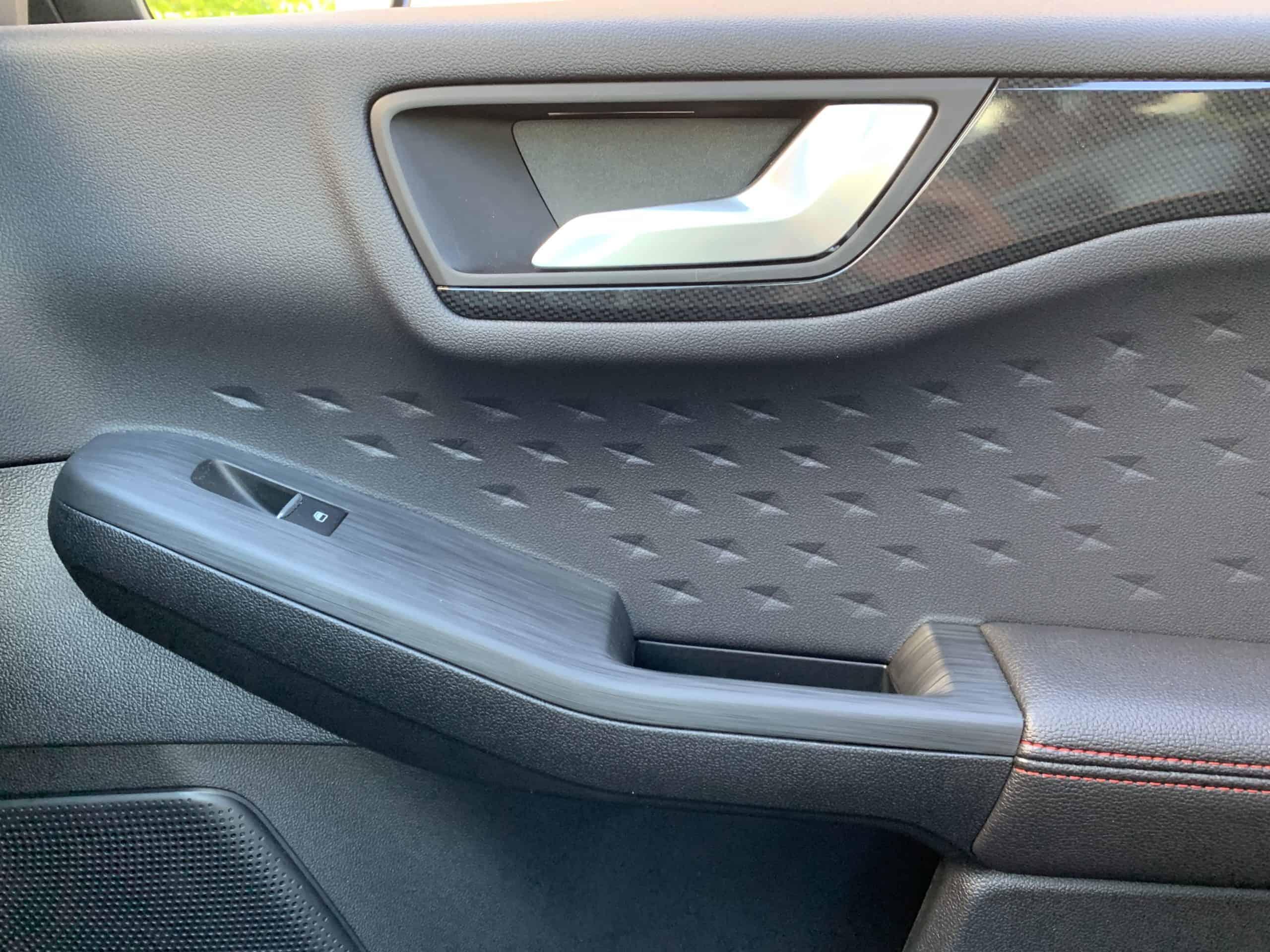 Ford Kuga mit Plug-in Hybrid-Antrieb (2020) -  Zukunftstauglichkeit eingebaut
