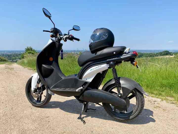 2020 Peugeot e-Ludix (4 PS) - Elektro-Roller im Fahrbericht