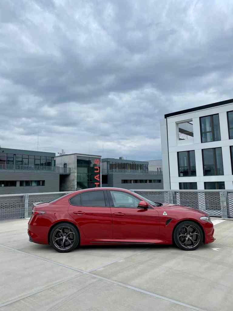 Alfa Romeo Giulia Quadrifoglio (2020) - 10 Fakten