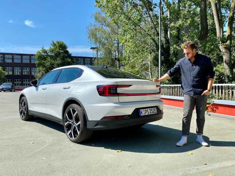 2020 Polestar 2 (408 PS)- The Game Changer vs. Tesla Model 3 Jäger? Fahrbericht | Review | Test