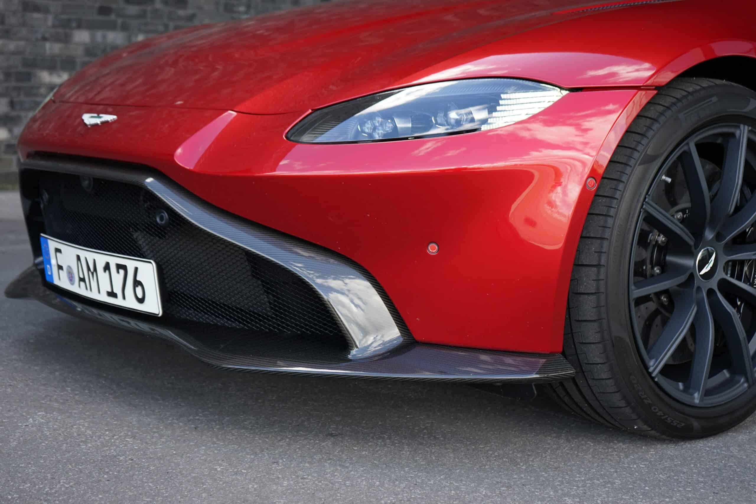 (2020) Aston Martin Vantage 4.0 V8