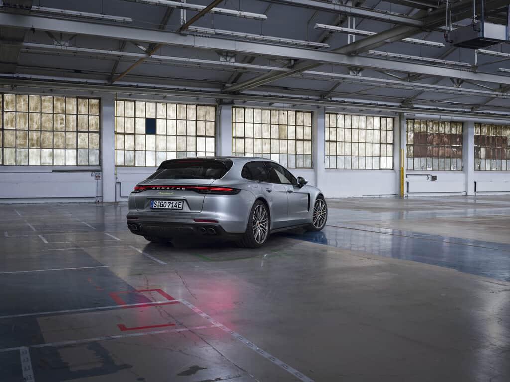 Porsche Panamera 4 E-Hybrid Sport Turismo.