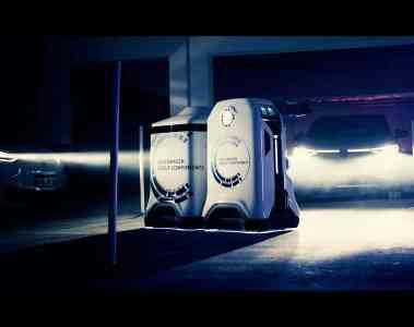 Prototyp eines mobilen Laderoboters von Volkswagen Group Components.