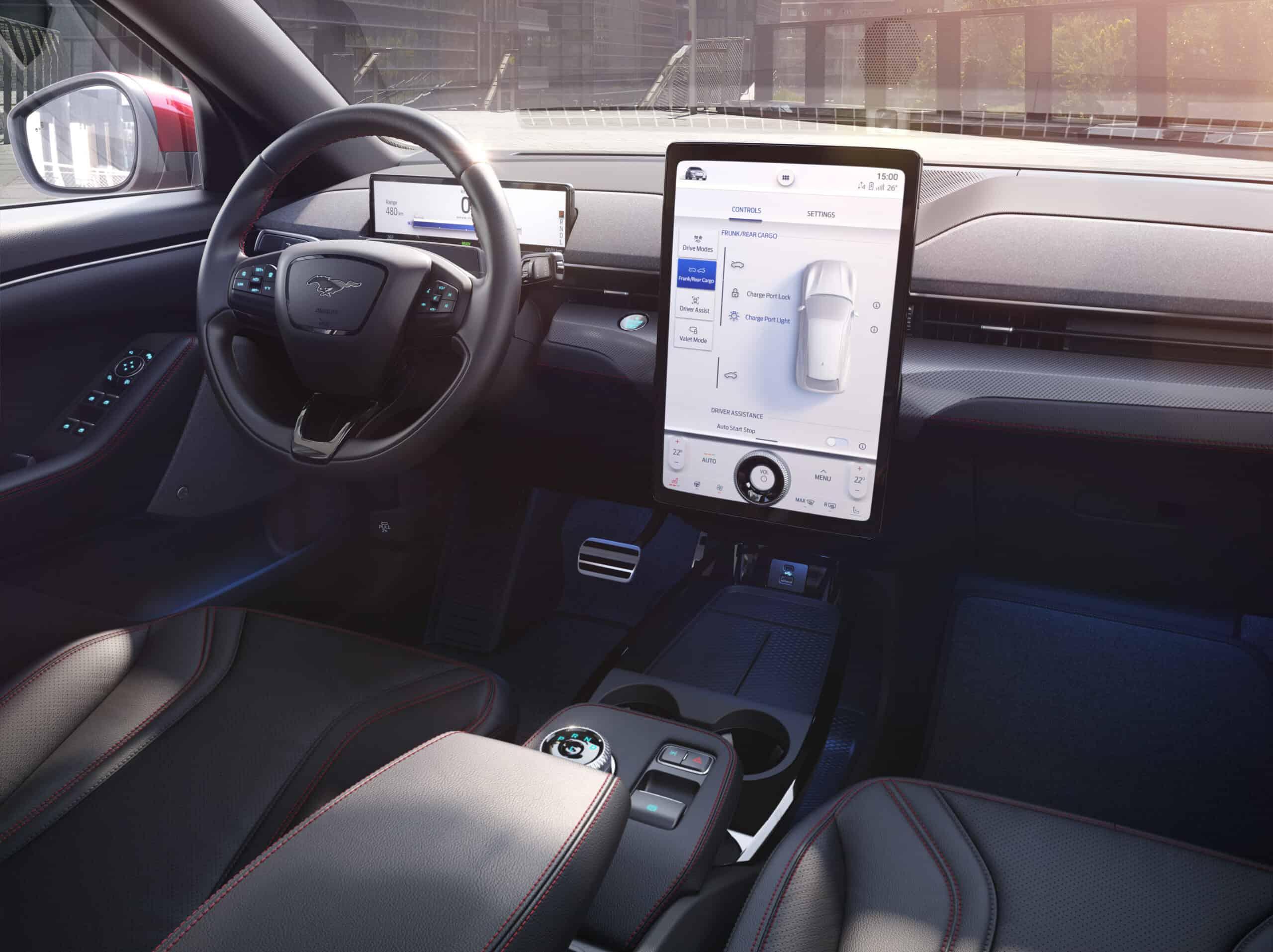 Ford Mustang Mach-E (2021) - Game-Changer für den Elektro-Automarkt?, Display