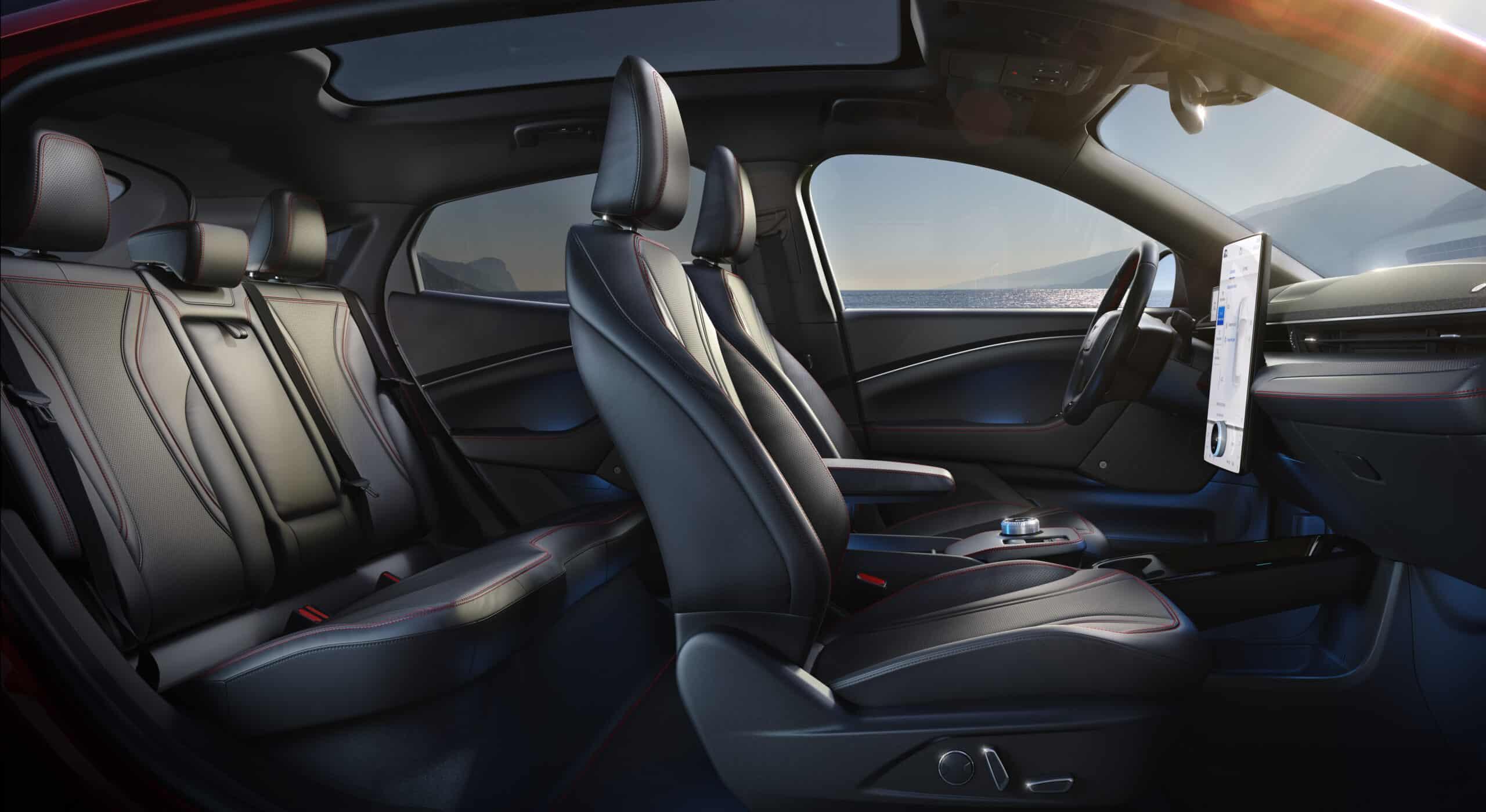 Ford Mustang Mach-E (2021) - Game-Changer für den Elektro-Automarkt?, Sitze
