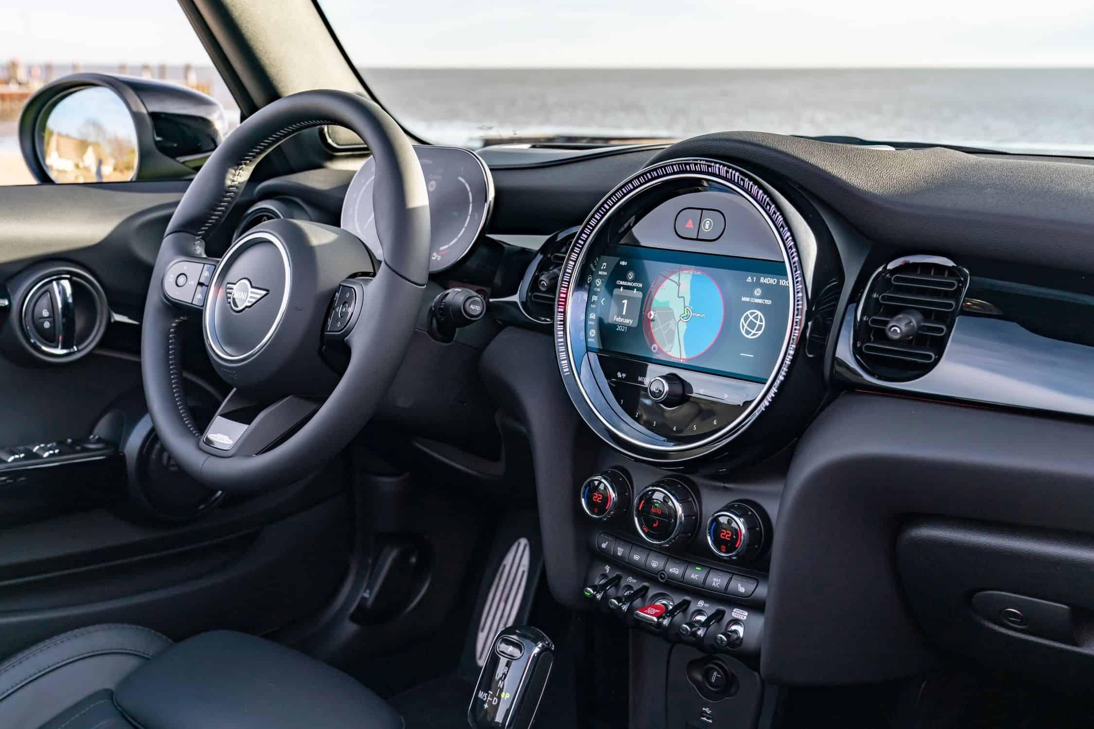 Mini Cabrio, Cockpit