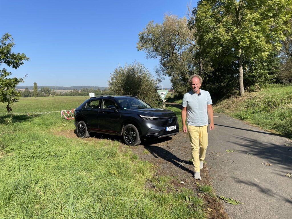 Honda HR-V (2022) -Vollhybrides Crossover SUV mit Hang zu Gelassenheit, Friedbert Weizenecker