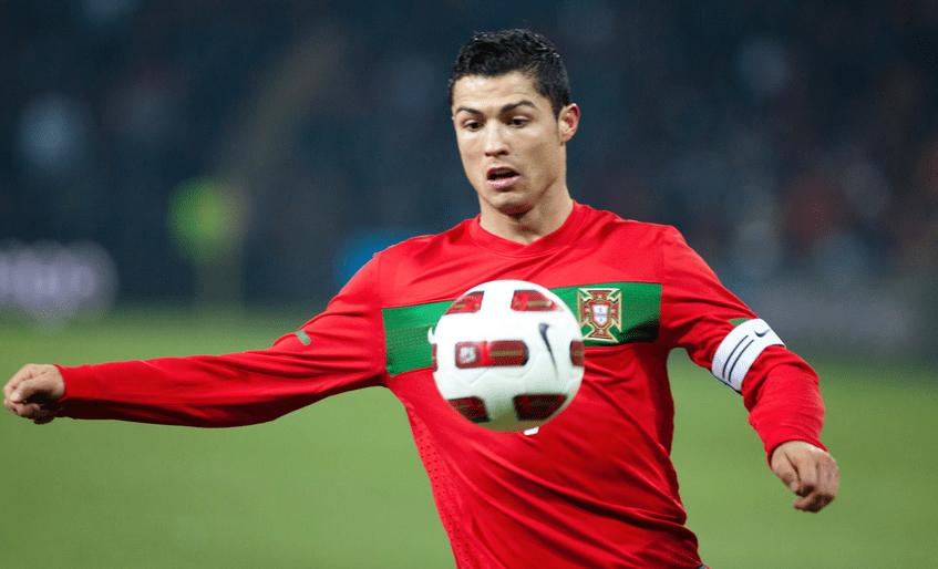 In Italien hat Ronaldo eine eigene Haargel-Produktelinie. Sie heisst GEL-ATO.