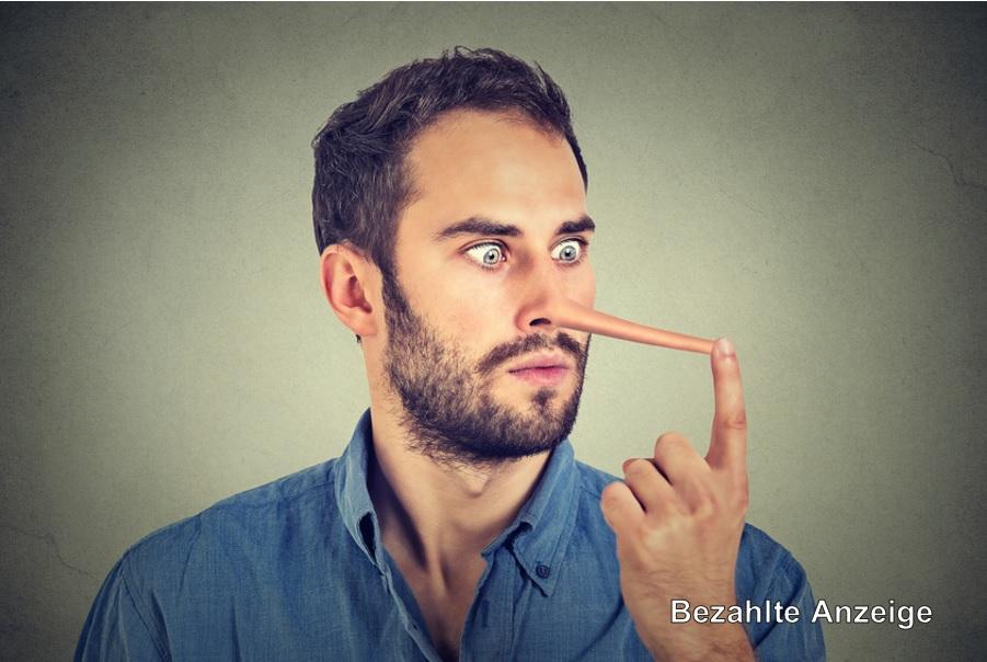 Wird oft von Vögeln angeflirtet: Mann mit langer Nase.