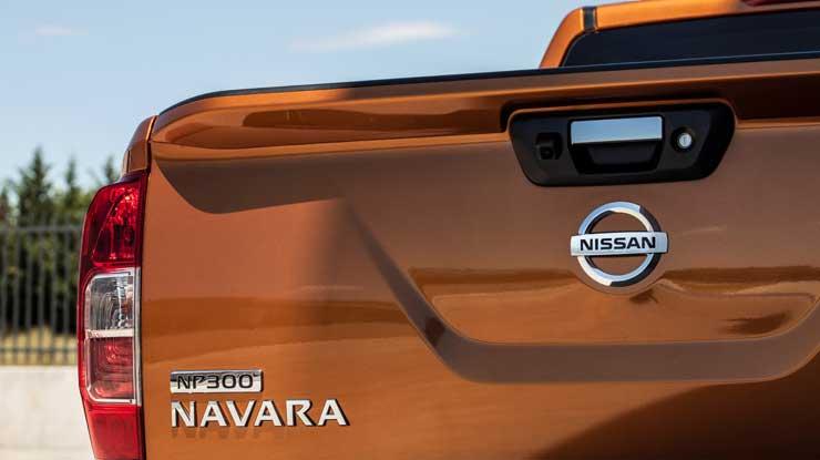 Nissan-Navara-NP300-Modell-2016-4