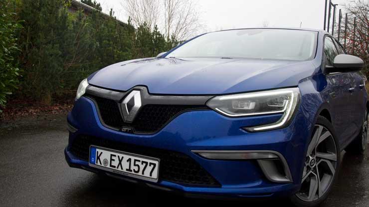 Renault-Megane-GT-schraeg-von-vorn-nah