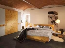 Schlafzimmer aus Massivholz   Zirbenholz Schlafzimmer aus ...