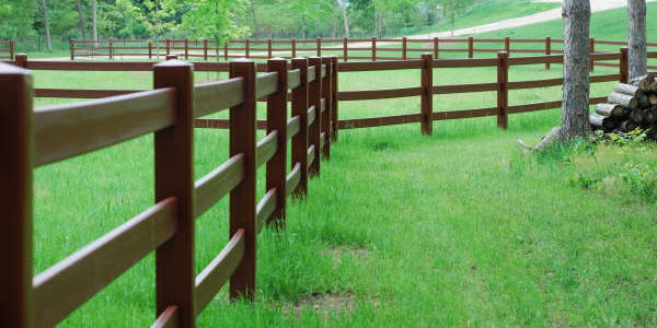 HDPE Ranch Fencing Durable 2 3 4 Rail Fence for