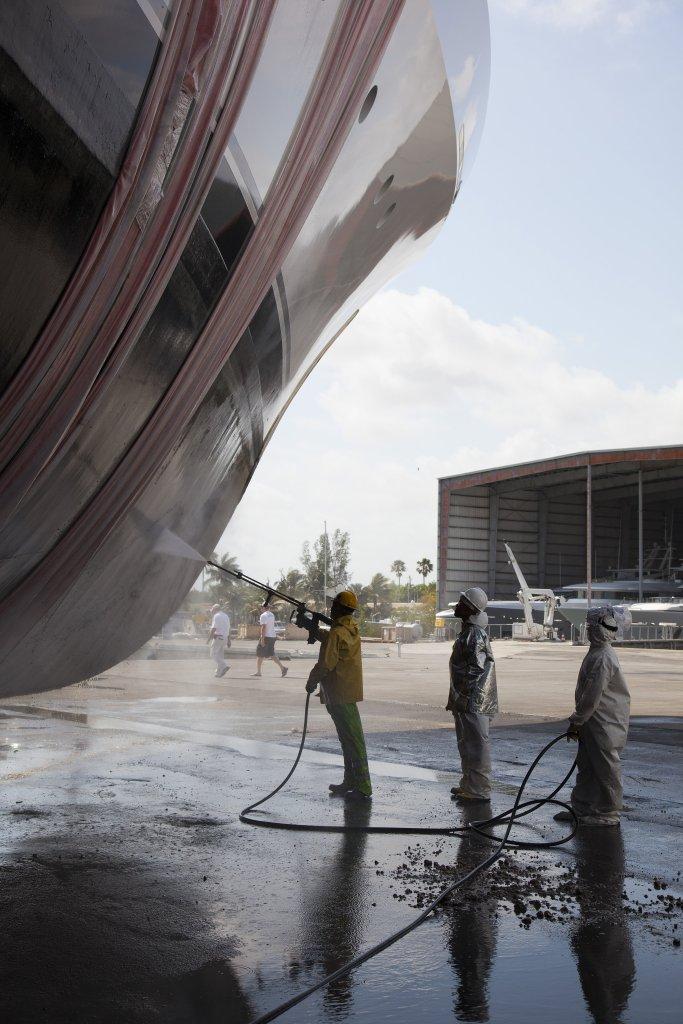 "Hauling M/Y ""DREAM"" at Derecktor Shipyard in Fort Lauderdale, FL."