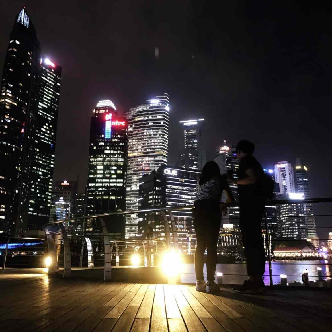Een beetje hetzelfde als de Petronas Towers, maar dan zonder de Petronas Towers.