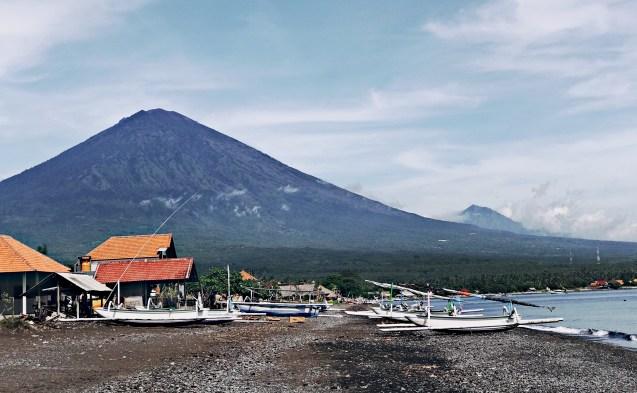 Agun Volcano